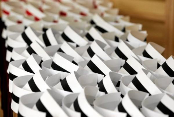 14.09.2010 KIELCE , PIELEGNIARKI I POLOZNE ODBIERAJA DYPLOMY UKONCZENIA UNIWERSYTETU IM. JANA KOCHANOWSKIEGO NA WYDZIALE ZDROWIA .  FOT. JAROSLAW KUBALSKI / AGENCJA GAZETA